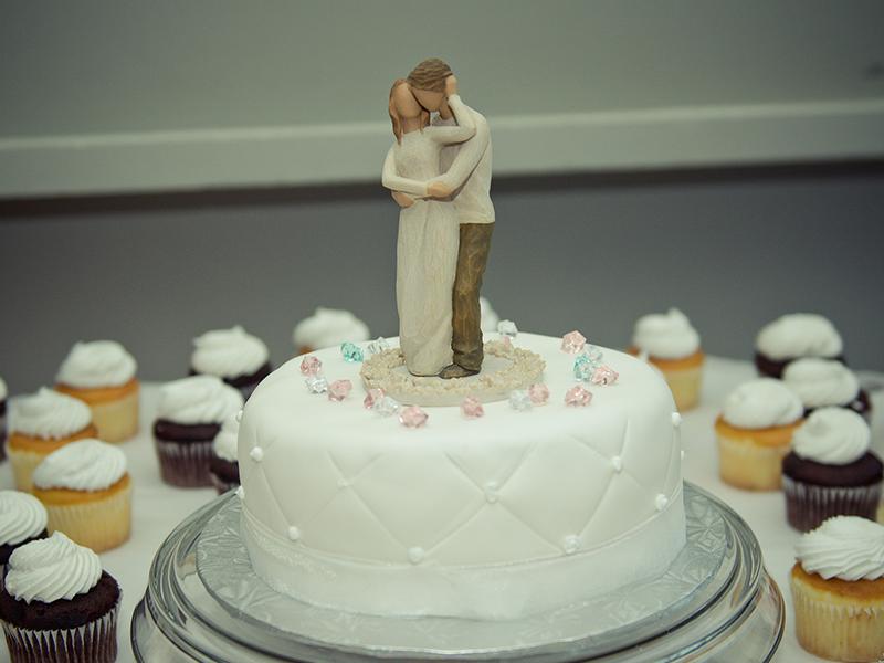 ケーキ入刀で懐かしの安室ちゃん